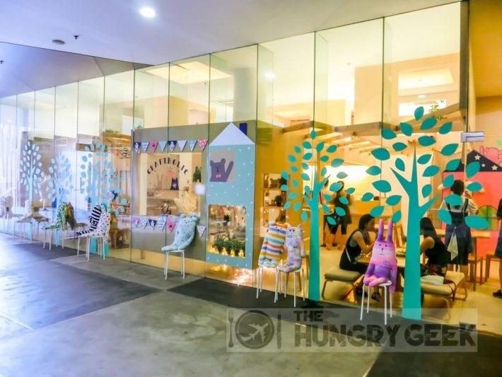 craftholic-cafe-storefront-1024x768-1